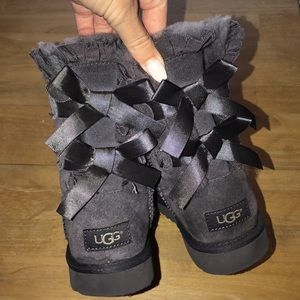 Gray Bow Tie Ugg Boots